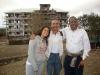 I nostri volontari davanti la scuola di Karansi - Sett. 2011